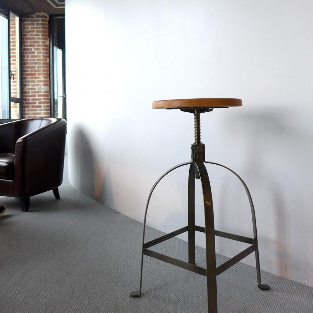 tabouret debar tabourets de bar en bois tabouret de bar noe lot de tabourets de bar en. Black Bedroom Furniture Sets. Home Design Ideas