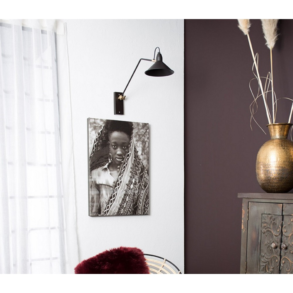 applique murale articul e noire et laiton patt par. Black Bedroom Furniture Sets. Home Design Ideas