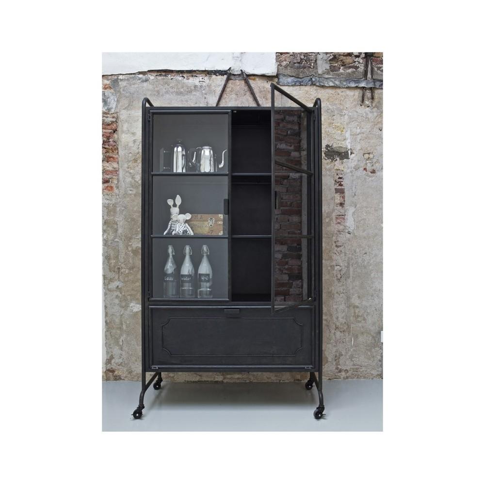 vitrine en m tal style industriel hudson par. Black Bedroom Furniture Sets. Home Design Ideas