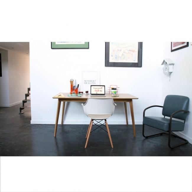 Chaise design Skoll blanche pour un bureau design
