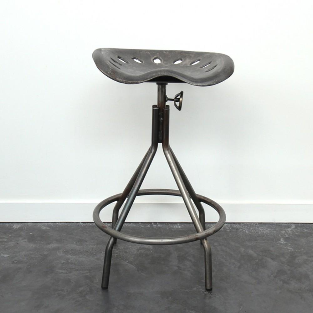 tabouret tracteur. Black Bedroom Furniture Sets. Home Design Ideas