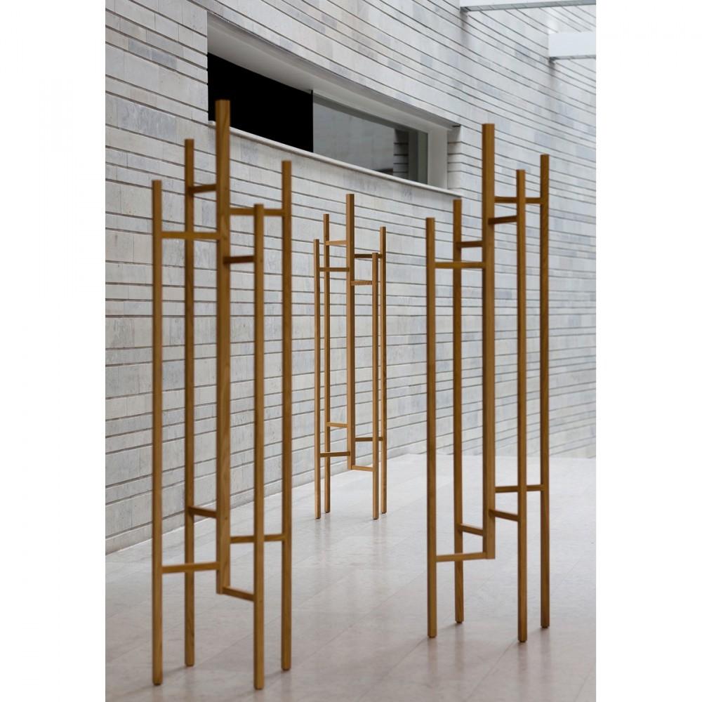 Porte manteaux en bois design par - Porte manteau exterieur ...