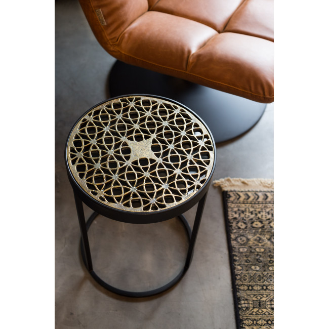 Table d'appoint design métal gravé Sari