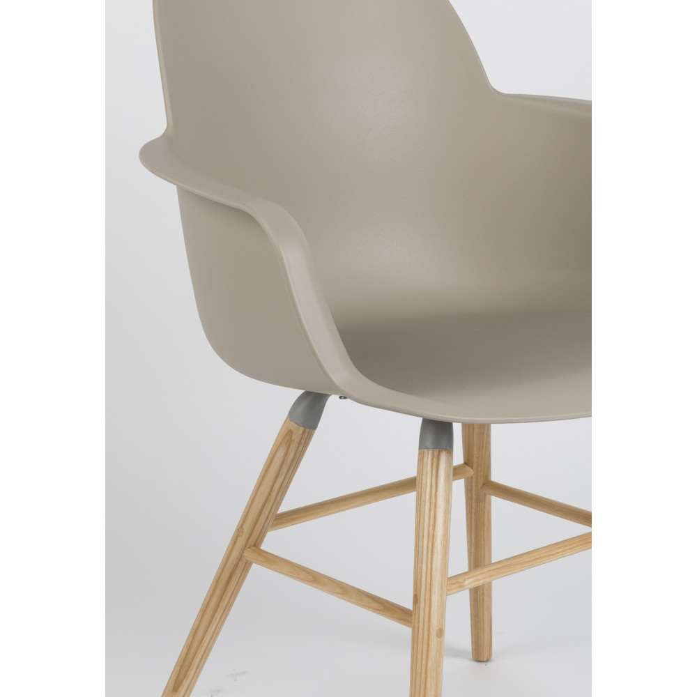 lot de 2 fauteuils r sine et bois albert kuip zuiver. Black Bedroom Furniture Sets. Home Design Ideas