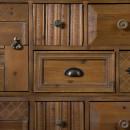 Buffet vintage bois 2 portes 8 tiroirs Jove Dutchbone détails