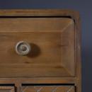 Buffet vintage bois 2 portes 8 tiroirs Jove Dutchbone détails haut