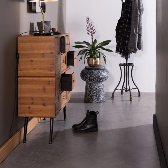 Buffet vintage bois 2 portes 8 tiroirs Jove Dutchbone ambiance couloir