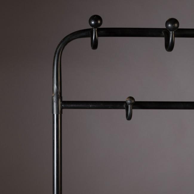 Porte manteaux métal noir Lucius Dutchbone