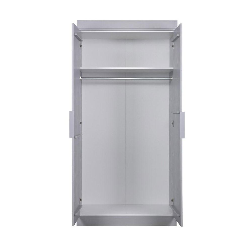 Armoire bois massif 2 portes chevron par for Armoire 2 portes bois massif