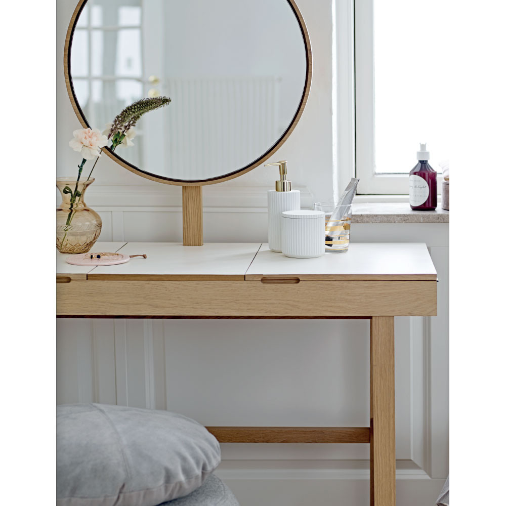 coiffeuse en ch ne rangements multiples phine bloomingville drawer. Black Bedroom Furniture Sets. Home Design Ideas