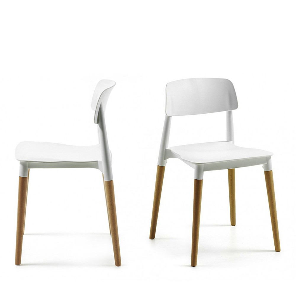 Chaise blanche design scandinave for Chaise design blanche