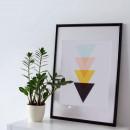 Affiche triangles graphiques cadre blanc 43x63 Corners