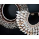 Kalianda - Collier de coquillages sur pied