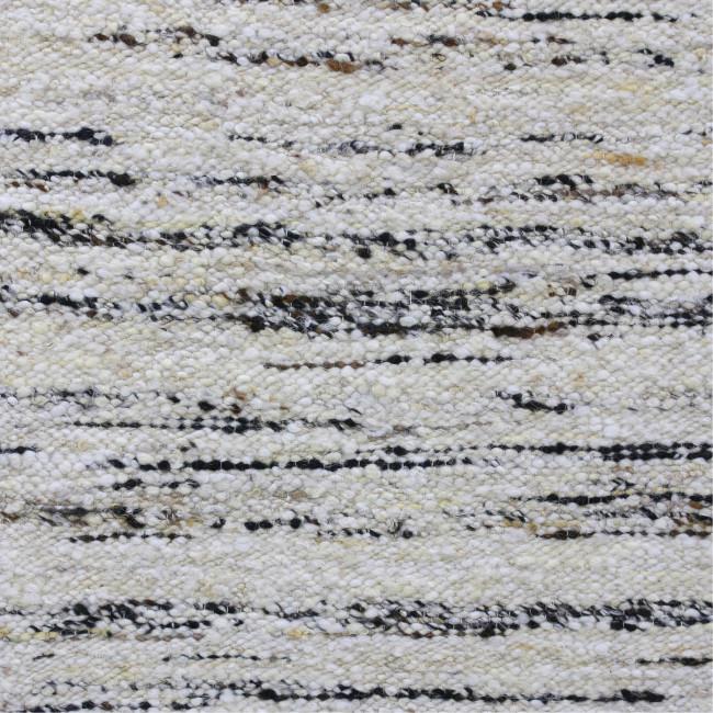 Slegge - Tapis écru inspiration berbère en laine