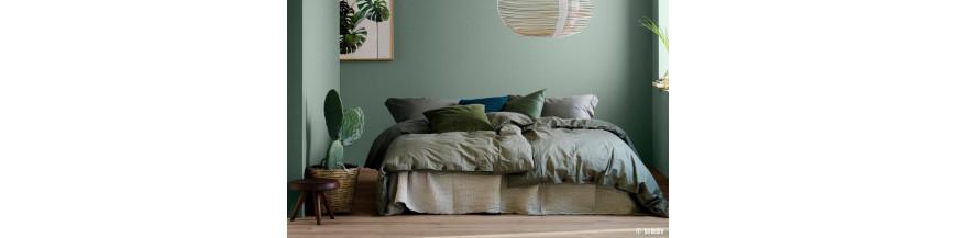 refaire sa chambre une mission pas impossible avec. Black Bedroom Furniture Sets. Home Design Ideas