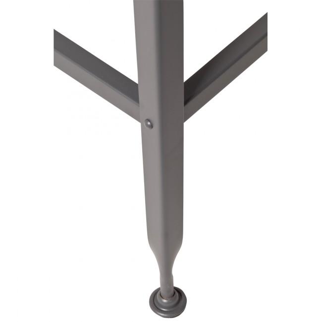 detail pied gris
